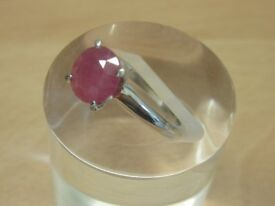 9CT WHITE GOLD CLAW SET ROYAL RUBY RING