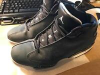 Jordan basketball shoes size 7.5