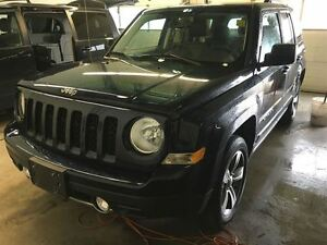 2016 Jeep Patriot LEATHER ROOF HEATED SEATS 4X4