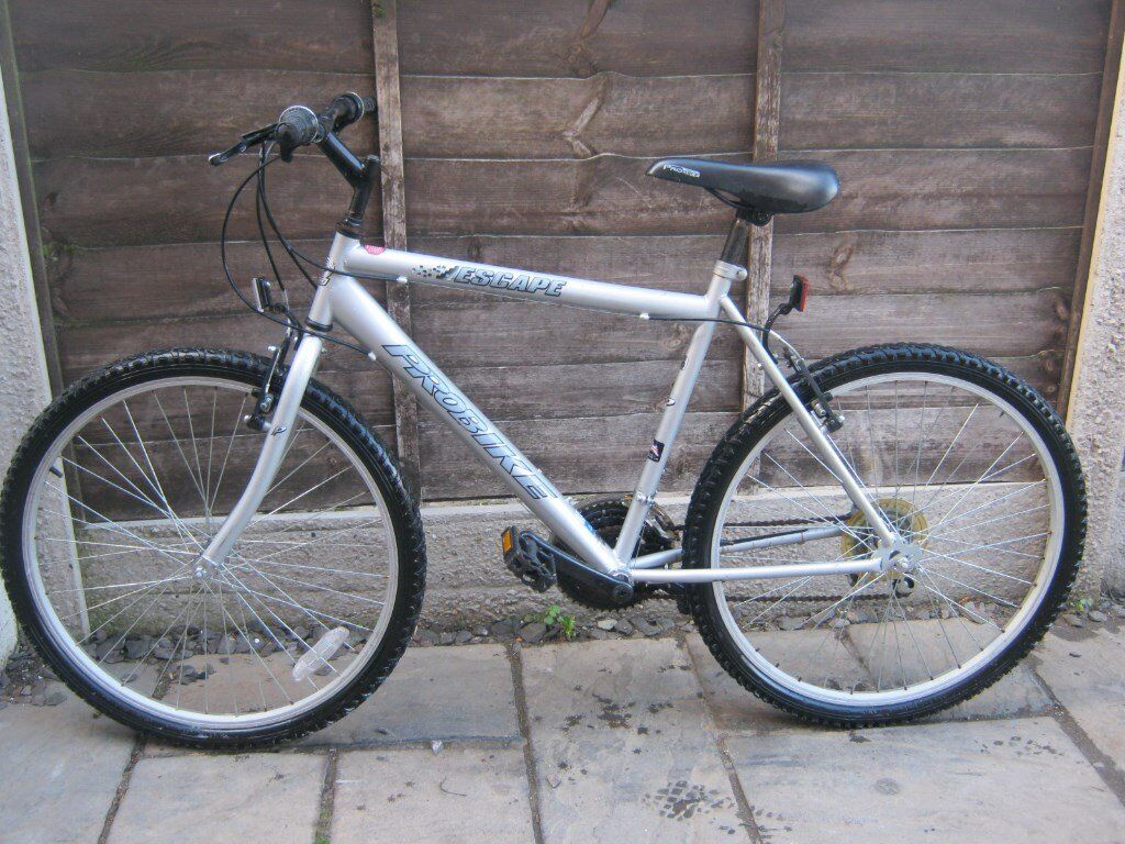 """ADULTS PROBIKE ESCAPE MOUNTAIN BIKEin Coventry, West MidlandsGumtree - PROBIKE ESCAPE MOUNTAIN BIKE 20"""" FRAME GRIPSHIFT GEARS 18 SPEED 26"""" WHEELS NICE CLEAN FULLY WORKING BIKE!!"""