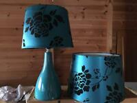 Lamp and lampshade set
