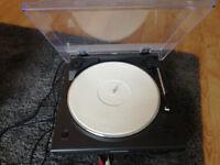 Marantz TT5005 Turntable with Built-In Phono Equalizer - Black