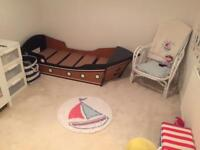 Toddler pirate boat bed