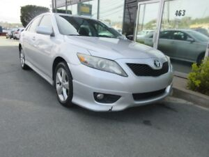 2011 Toyota Camry SE AUTO WITH ALLOYS, LIP SPOILER, & BODY KIT