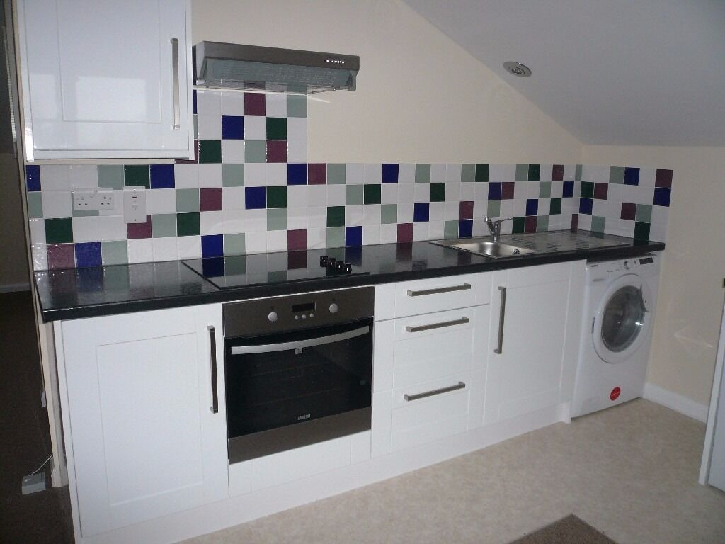 Swiss Cottage One bedroom flat with open plan kitchen living room, Vacant 1st December 2016