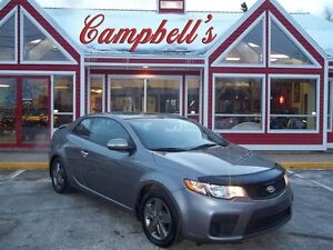 2010 Kia Forte Koup 2.0L EX SUNROOF!! HEATED SEATS!! VOICE COMMA