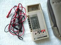 fluke electrical test meter 8022 b multimeter.