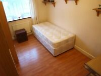 SINGLE ROOM IN FINSBUSY PARK- STUDENTS WELCOME!!!