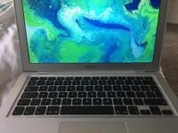 MacBook Air-2.13GHz-2GB RAM - 120GB Disk