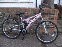 Girls/ladies pink mountain bike