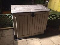Large plastic garden store in excellent condition