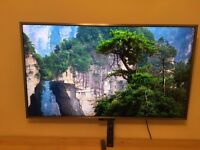 Sony Bravia KDL55W807 55inch LED 3D TV + 4 pairs of glasses