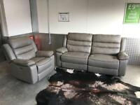 DESIGNER EX SHOWROOM ELECTRIC RECLINER GREY LEATHER SOFA SET - EXCELLENT CONDITION - FREE DELIVERY