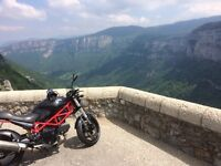 Ducati Monster 695 - Beautiful bike, sounds amazing, great ride, great condition, ready to go