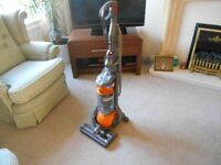 DYSON DC 25 ALL FLOORS YELLOW BALL EXCELLENT CONDITION & STRONG SUCTION WITH 1 TOOL