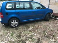 Vw touran breaking for spares ONLY!