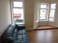 * STUDENTS or PROFESSIONALS * MODERN, SPACIOUS FOUR BED FLAT AVAILABLE 1ST JULY!