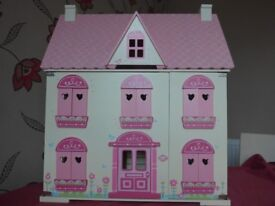 Deluxe Rosebud Dolls House with furniture and family