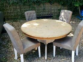 Large pine Round table and chairs