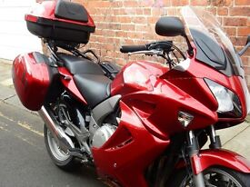 Superb Honda cbf1000 GT in excellent condition with very low mileage.