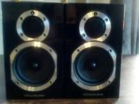Wharfedale Diamond 10 speakers