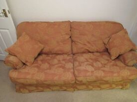 Parker Knoll 3 seater Settee Buyer collects