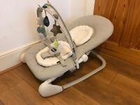 Chicco Hoopla Bouncer in stone