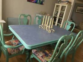 Amazing,one of a kind,dining table and 6 chairs
