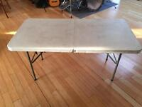 Folding Table Portable car boot camping Rubbermaid