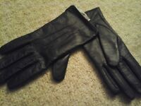 new LIPSY LEATHER NAVY GLOVES, LADIES SMALL/MEDIUM