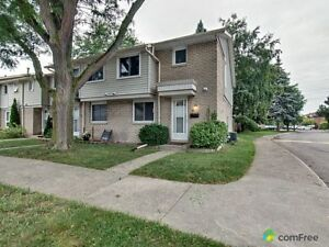 $274,900 - Townhouse for sale in Niagara Falls