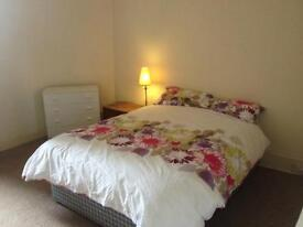 WEST END HMO flat close to BOTANIC GARDENS for 5, 6 or 7 people