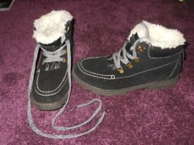 Roxy black boots uk 7.5