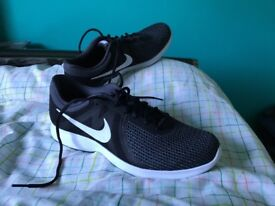 Nike Revolution 4 Running Shoes Size 11