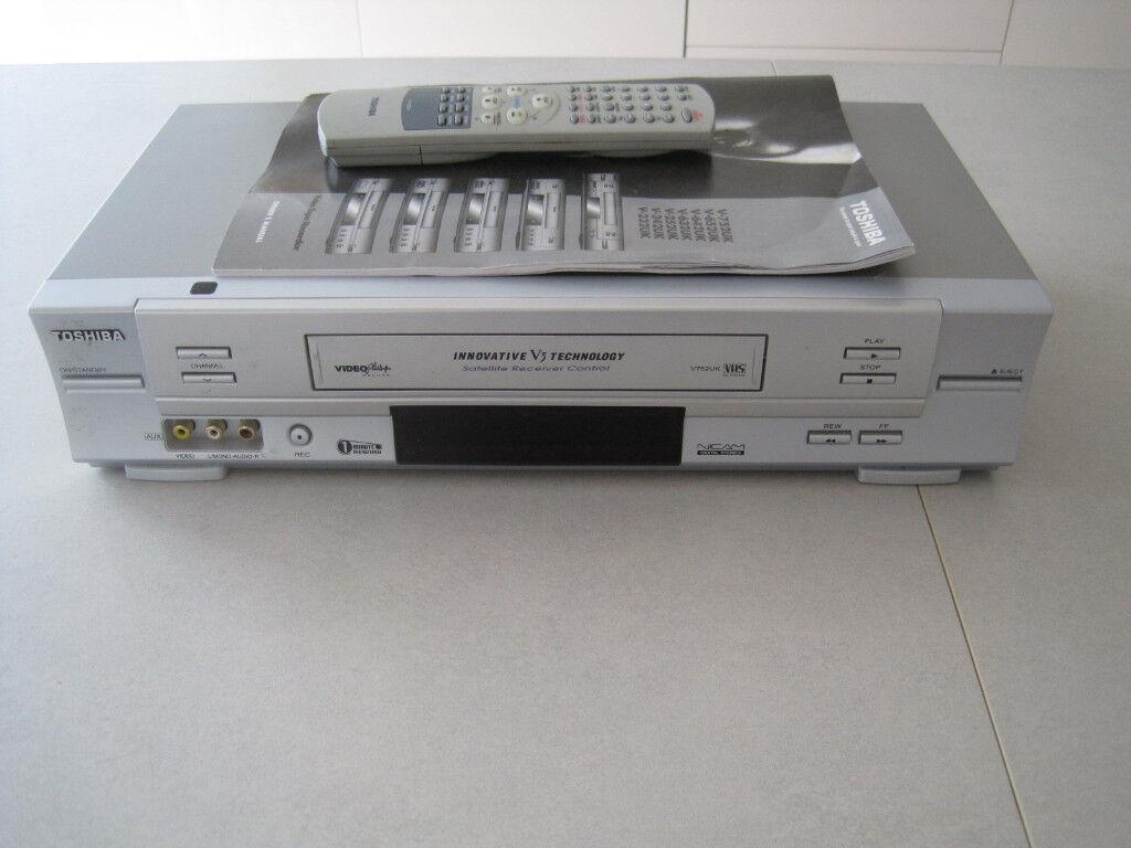 Toshiba vhs/vcr player recorder. model v752uk - with box, instructions &  manual