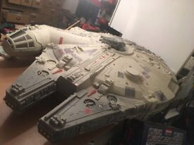 Star Wars Millennium Falcon 5ft Toys R US display WANTED