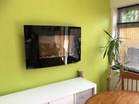 Mordern wall mountable electric fireplace