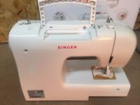 Singer Initiale sewing machine 2250