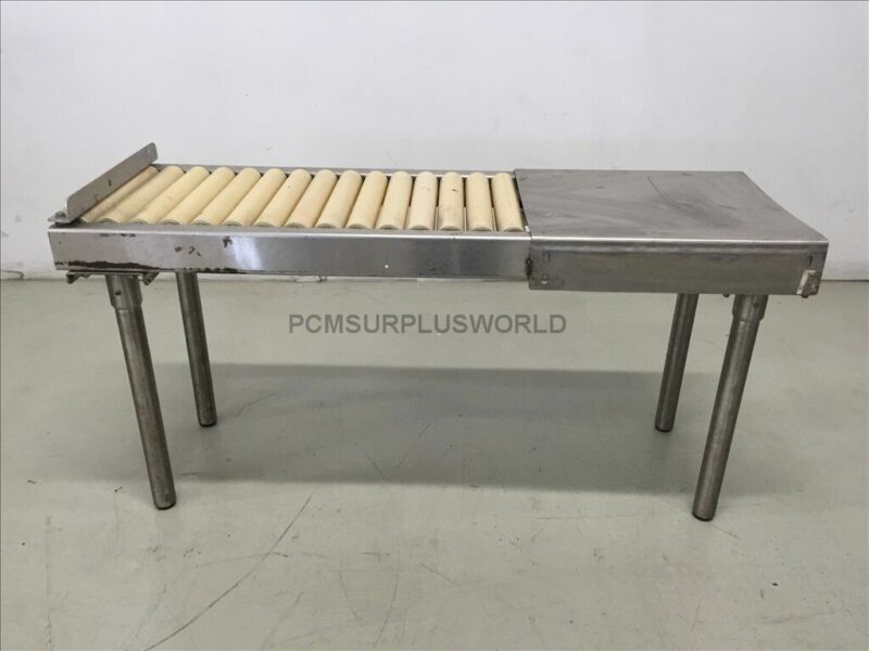 Roller Conveyor With Packing Table 48