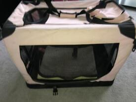Pet carrier/travel cage