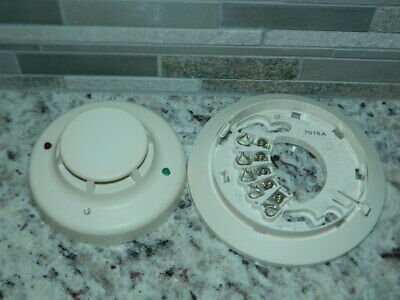System Sensor 2wt-b 2-wire Photoelectric I3 Smoke Detector With Base