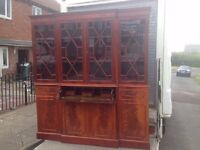 ceder wood cabinet £30 (can deliver at cost of fuel)