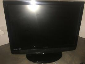 "Technika 22"" HD lcd tv with freeview dvd hdmi vga (PC) TV TELEVISION set"