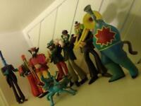 BEATLES YELLOW SUBMARINE FIGURES (McFarlane Toys, Series 2 - 2000) - full set - £30 ono