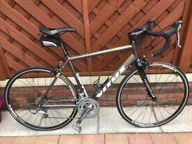razor vitus 56cm racing bike with accessories