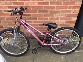 Apollo Vivid Girl's Mountain Bike - Dusky Pink. Excellent condition