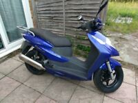 HONDA DYLAN 125 SES 125 2004 reg. 878 miles. Just MOTed and Serviced.