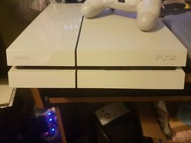 BOXED White 1TB Ps4 standard edition