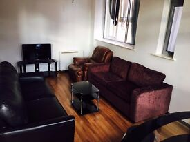 One Bedroom Deluxe Apartment In Manchester City Center For Short Term Letting