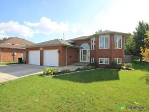 $374,999 - Bi-Level for sale in Belle River